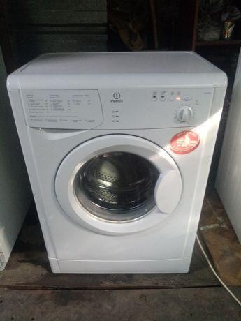 Indesit 5 kg 1000 об компактная стиральная машина