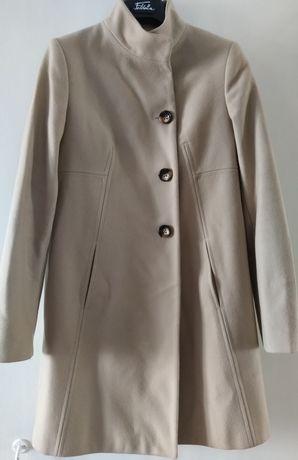 Продам женское пальто Benetton, пр-во Румыния