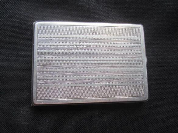 сребърна табакера