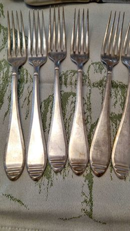 Vând furculițe argint