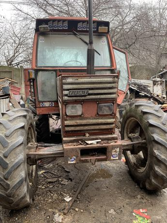 Tractor Fiat 880 DT-5