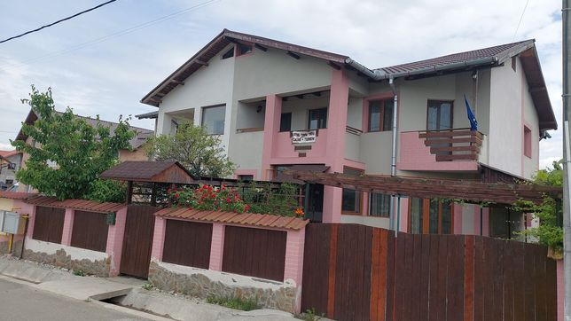 Casa complet mobilata si utilata Rm Valcea
