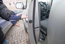 Вскрытие авто ремонт замков зажигания дверные замки и багажника Алматы