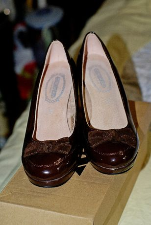 Дамски лачени обувки Dexim 36 номер кафяви