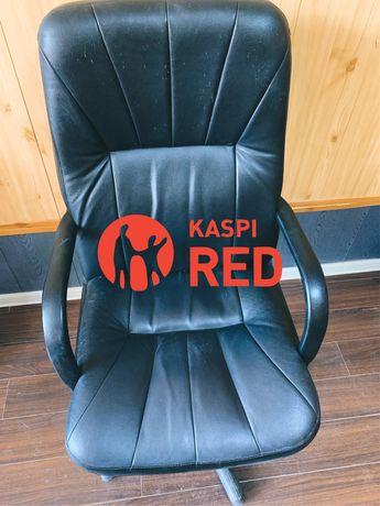 Продам кресло офисное