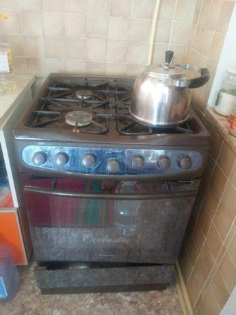 Газовая плита домашняя