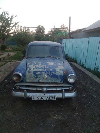 Ретро автомобиль москвич 403 универсал 54 года