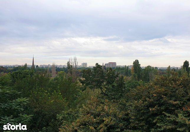 De vanzare garsoniera Titan  Metrou, vedere parc, et. 5.