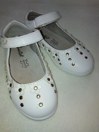 Туфельки белые на девочку