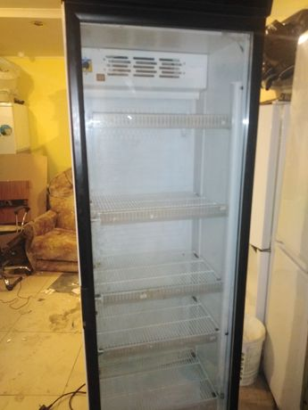 Продам холодильнеки