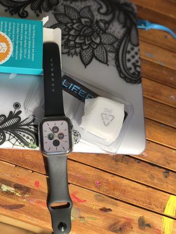 NOUĂ NOUȚĂ: Husă silicon protecție Apple Watch gen 5 44mm