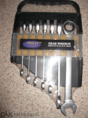 Звездогаечени ключове с тресчотка