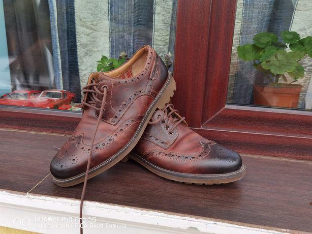 Pantofi clarks/45