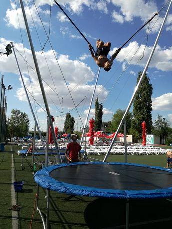 Bungee jumping trambulină