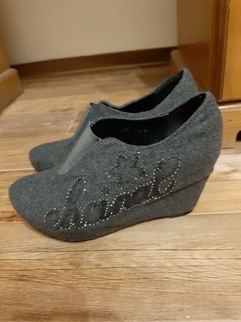 Стильная обувь 39 размер (38)