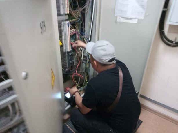 Электрики с допуском до 1000 в и стажем 25 лет
