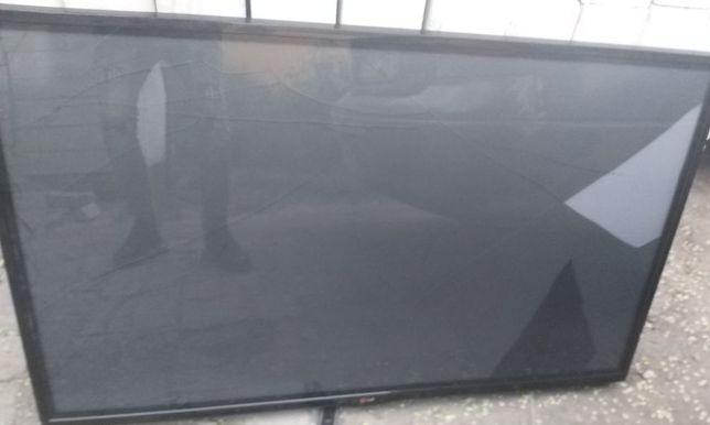 Плазменный ТВ LG 127 см,в рабочем состоянии,2014 год,экран под замену