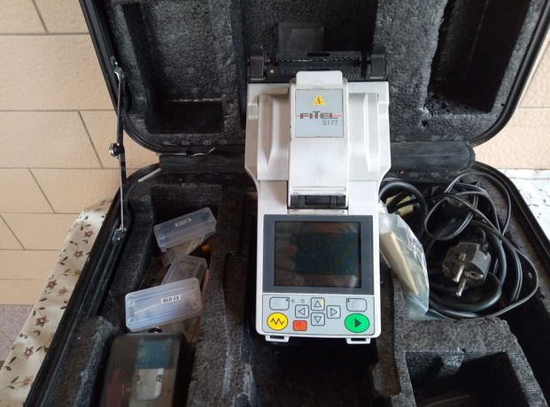 Автоматический сварочный аппарат для оптоволокна