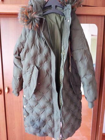 Зимняя куртка в отличном состоянии!