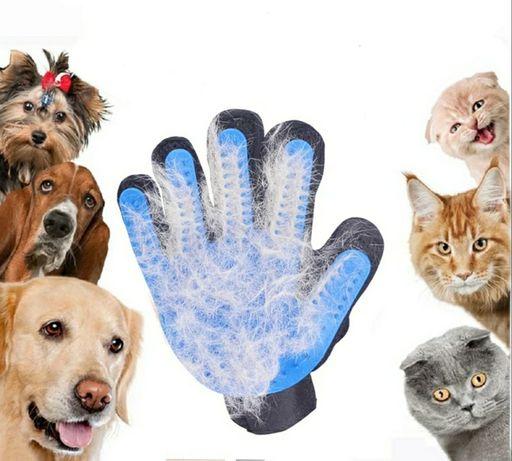 Перчатка для вычёсывания шерсти у собак, кошек и т.д.