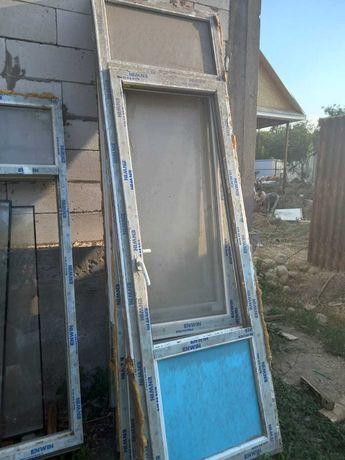 Пластиковые окны и двери бу