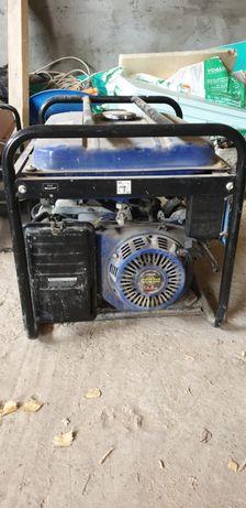 Продам генераторы