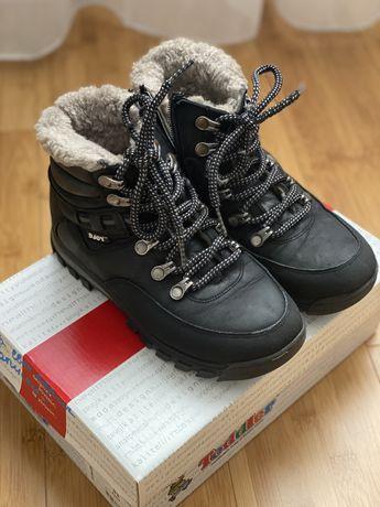 Зимние ботинки на мальчика 33 р