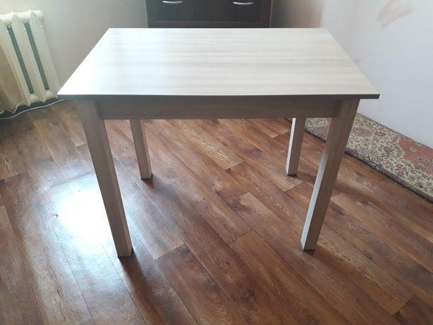 Продам новый стол.