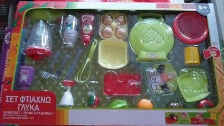 Детска голяма кухня от прибори за готвене в кутия-35лв.