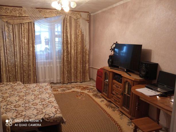 Продам квартиру в 4 мкр.
