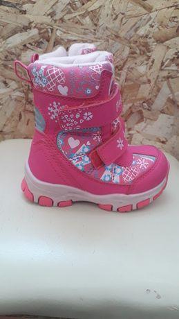 Продам детскую обувь для девочок