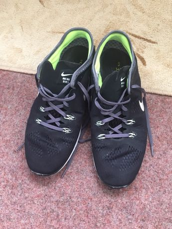 Adidași Nike mărimea 44