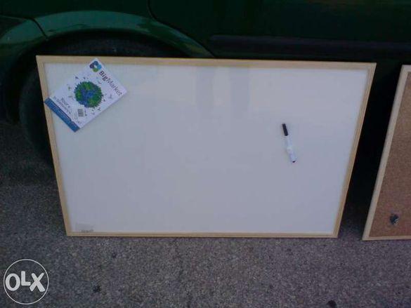 Бяла дъска за писане, чертане, рисуване с дървена рамка 40x60 см. и 60