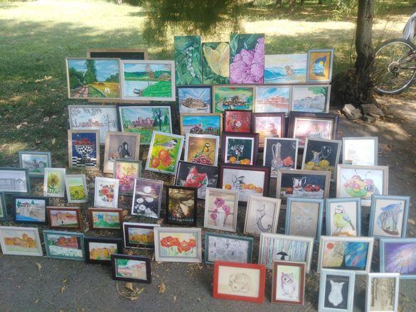 Картини за продажба