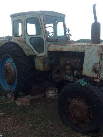 Трактор т40 требует ремонт двигателя, запчасти на т40