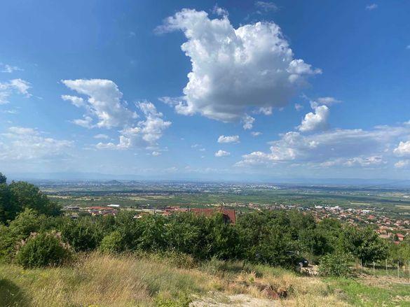 Панорамен парцел, с. Брестник