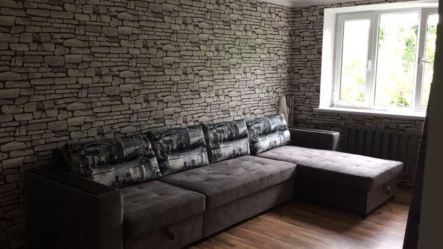 Срочно продаю угловой диван