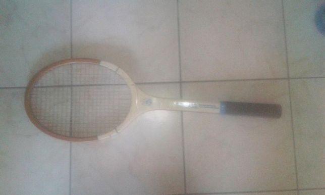 racheta tenis Neptun