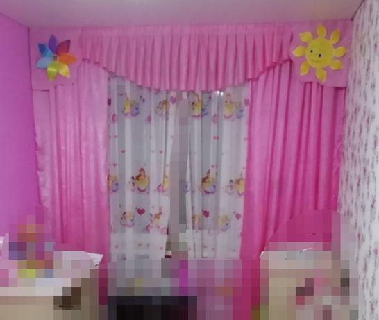 Продам комплект штор в детскую для девочки