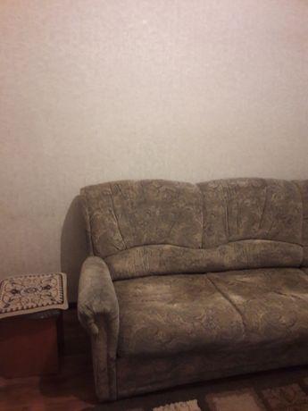 Продам угловои диван +1 кресло в отличном состоянии