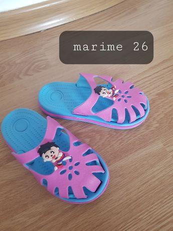 Papucei marimea 26