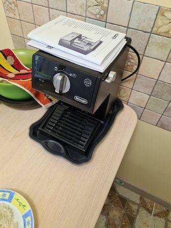 Продам кофеварку Delonghi ECP3121