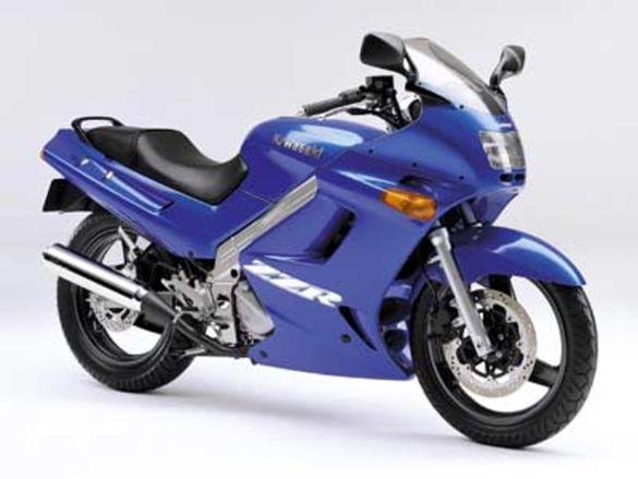 Мотоциклет Кавазаки ЗЗР 250(KAWASAKI ZZR 250)-На Части
