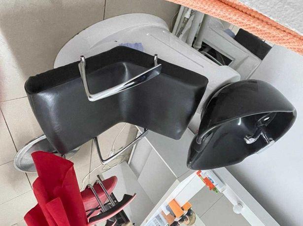 Мойка и кресло парикмахерские