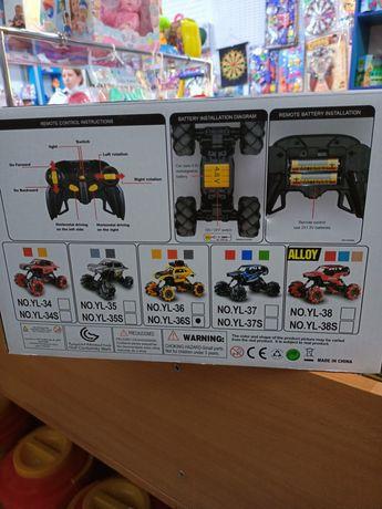 Машинки с пультам игрушки для мальчика джип радиоуправляемые машины