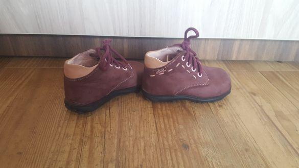 №20/21 Бебешки обувки естествена кожа