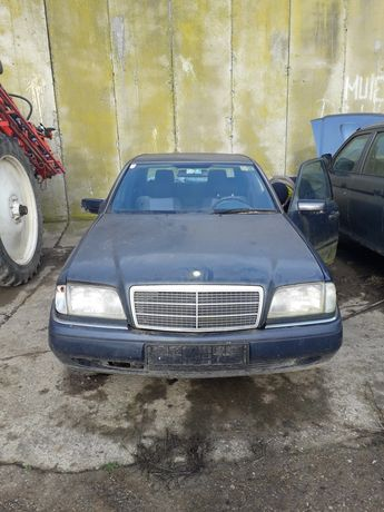 Dezmembrez Mercedes clasa C 180