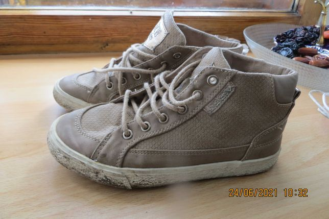 """детская обувь """"ZARA KIDS"""" размер 32 - 33 отличная"""