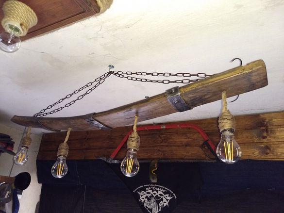 Лампа за таван бар