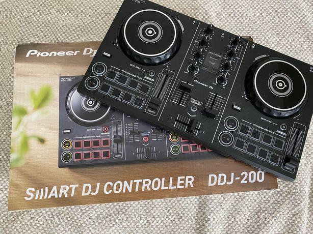 Smart DJ controller DDJ200